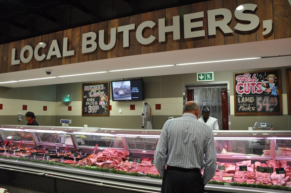 Digital Screens In Food Lover S Market Moving Tactics
