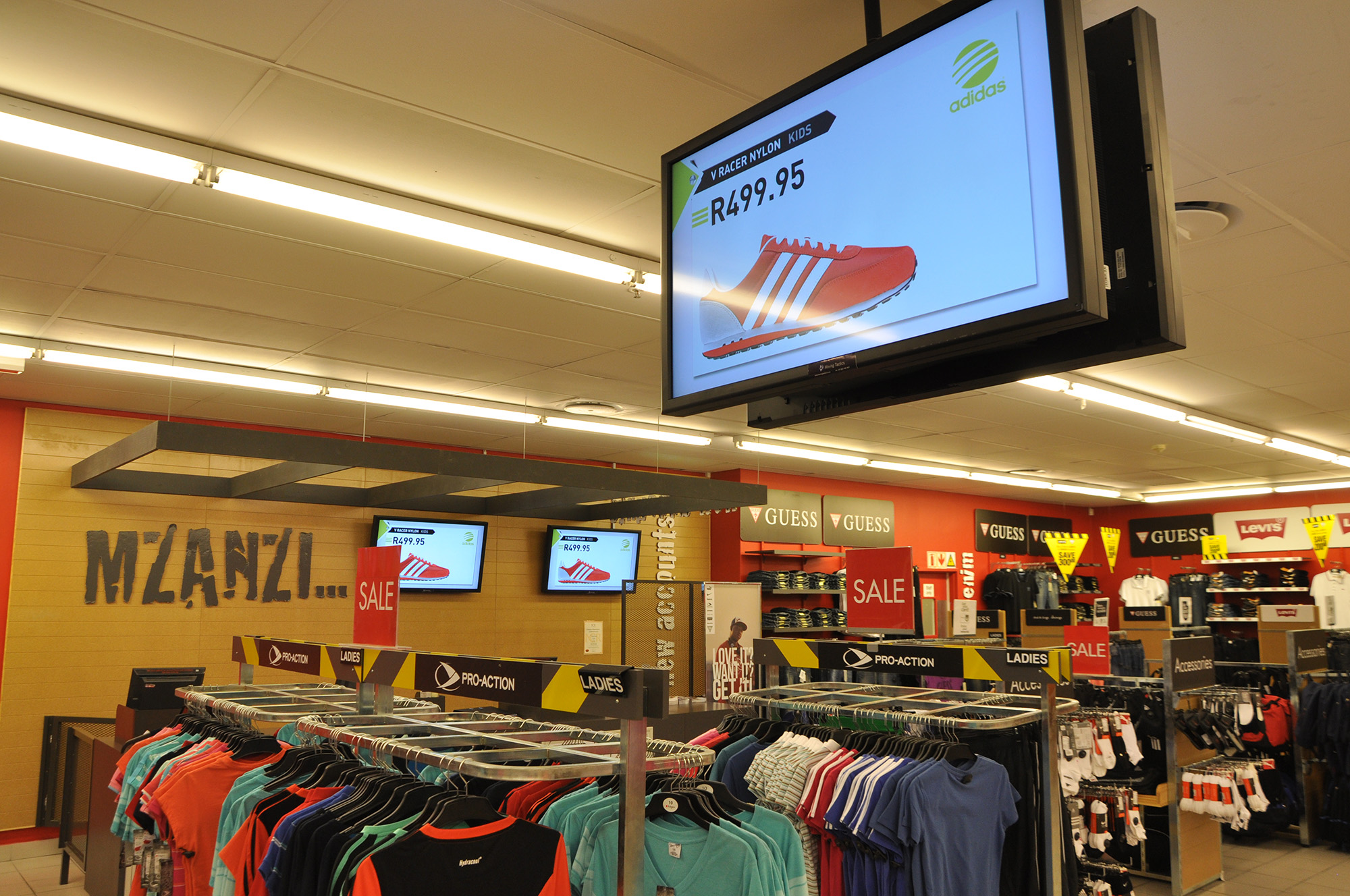 Retail Digital Signage Solution For Edgars Active Moving