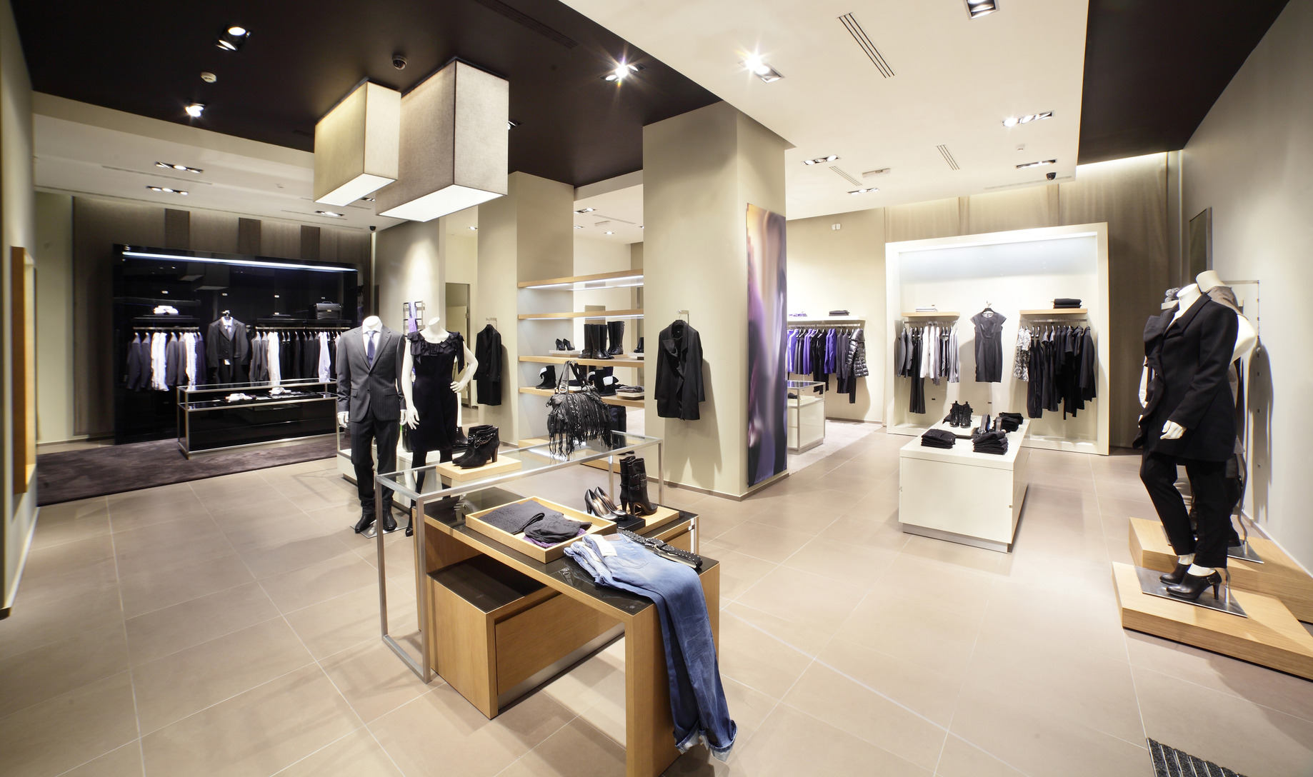 Best modern clothing stores